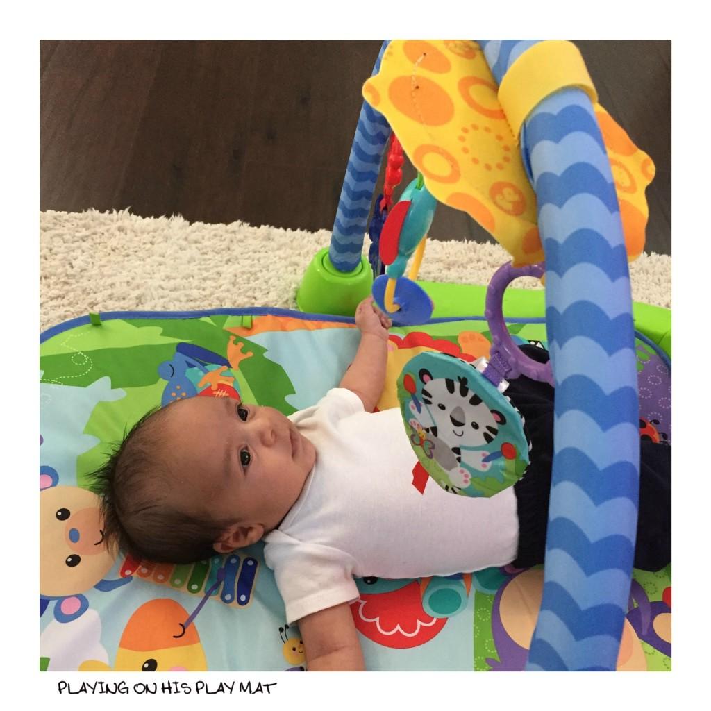 independent newborn play